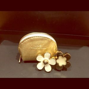 Jewelry - Marc Jacobs daisy ring with perfume with mini bag